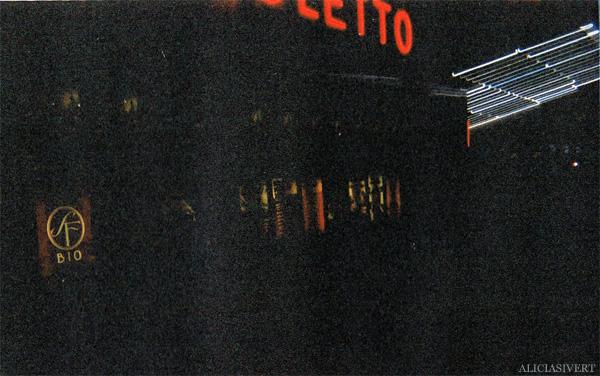 aliciasivert, alicia sivertsson, analog photography, harry potter and the deathly hallows, premiere, movie night, cinema, it all ends, dödsrelikerna, det storslagna slutet, rigoletto, premiär, analog, analogt fotografi, engångskamera, bio