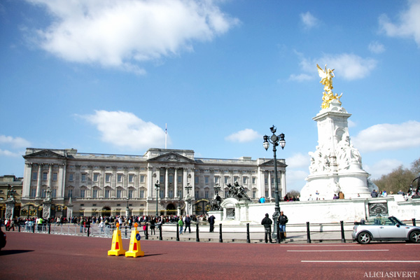 aliciasivert, alicia sivertsson, london, england, buckingham palace