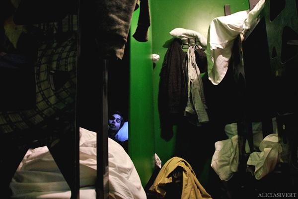 aliciasivert, alicia sivertsson, london med grabbarna, england, clink 78, hostel, dorm, kryptan, nyvakna, brandlarm, brandalarm, fire alarm