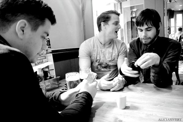 aliciasivert, alicia sivertsson, london med grabbarna, england, pub, beer