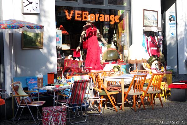 aliciasivert, alicia sivertsson, alicia sivert, berlin, semester, turism, tourism, loppis, second hand, vintage, Oderberger Straße, kastanienallee, veb orange