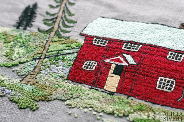 """""""Farfarstugan"""" (detail), embroidery by Alicia Sivertsson, 2015. Alicia Sivert, aliciasivert, fritt broderi, needlework, hoop art, textile art, textilkonst, textil, konst, hus, hem, byggnad, house, 1700-tal, natur, sverige, fjällen, kreativitet, skapande, skapa, brodera, hantverk, franska knutar, french knots, röd stuga, stugor, house, home, hut, cabin"""