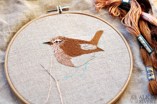 Bird embroidery (WIP) by Alicia Sivertsson, 2016. alicia sivert, aliciasivert, wren, gärdsmyg, skapa, skapande, kreativitet, creativity, create, broderi, brodera, needlework, hoopart, fågel, fritt broderi