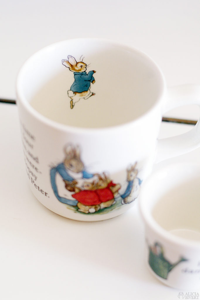 loppis second hand begagnat tradera thrift beatrix potter peter rabbit pelle kanin flopsy mopsy cotton-tail mrs. rabbit cup mug kopp mugg wedgwood egg äggkopp ägg server