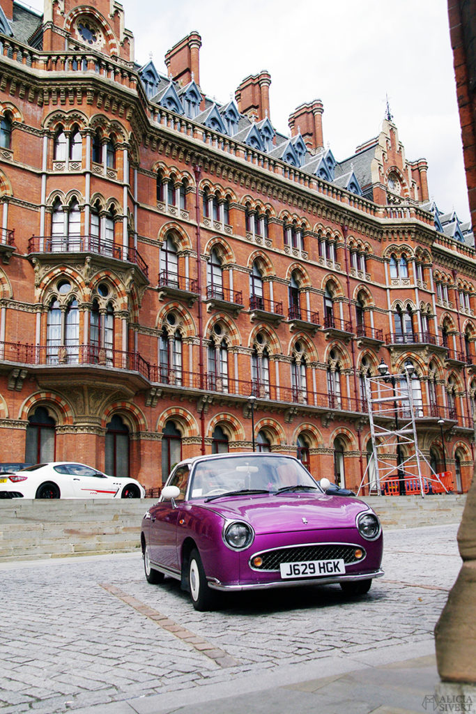 aliciasivert alicia sivert sivertsson london semester utflykt att göra äventyr resa bil car purple lila st pancras railway station