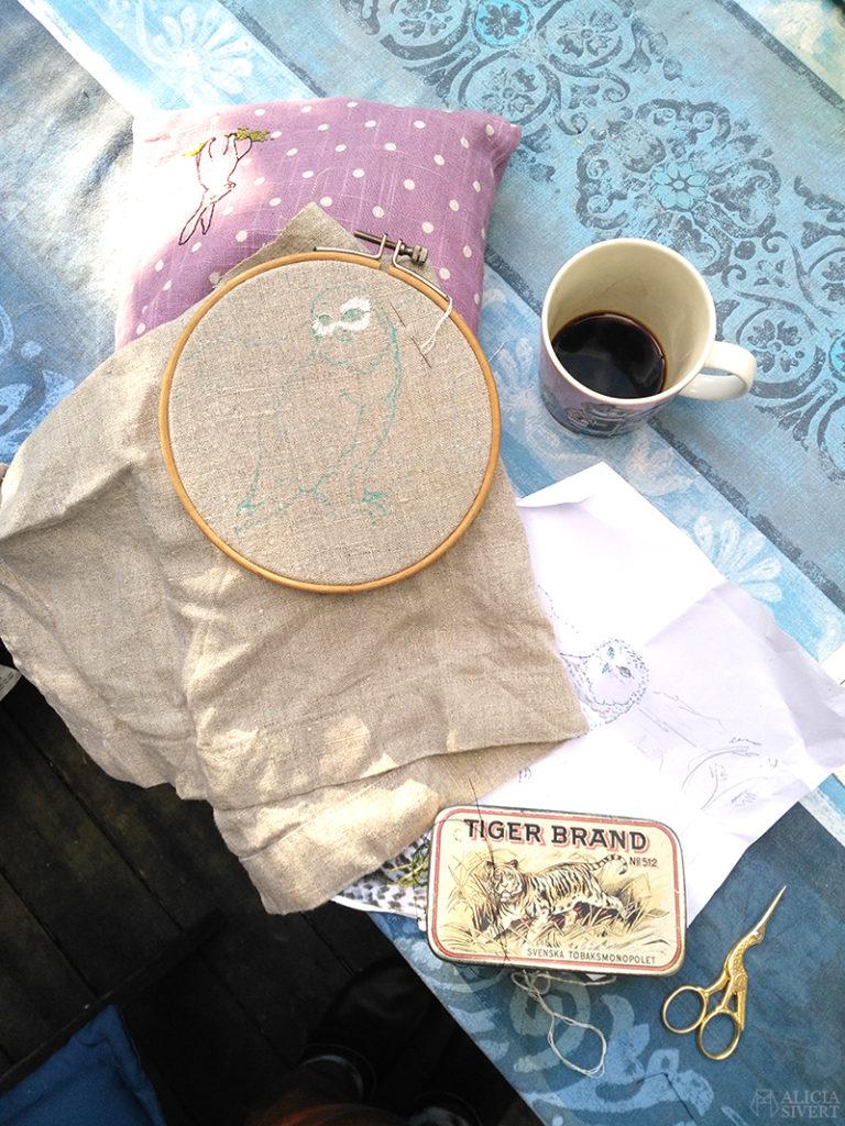 aliciasivert alicia sivert sivertsson broderi broderier brodera embroidery needlework hoop art fritt free hand embroidery uggla fjälluggla
