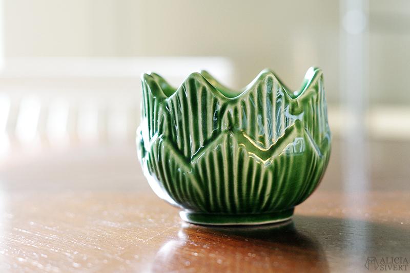 http://aliciasivert.blogspot.com loppis loppisfynd emmaus malmö kruka krukor grön växter växt blad löv växtgäris