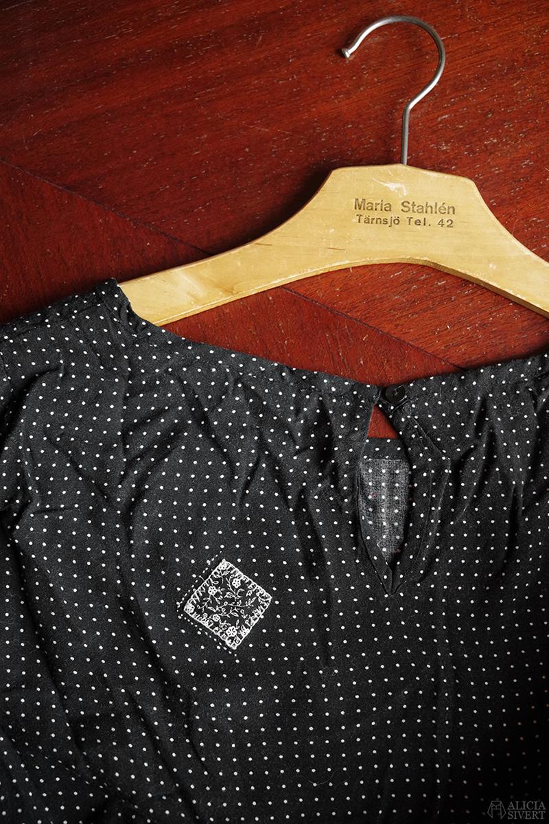 Inspiration till synlig lagning av kläder, av Alicia Sivertsson - www.aliciasivert.se // laga synligt klädesplagg plagg återbruk återbruka sy hål visible mending mend clothes Maria Stahlén Tärnsjö