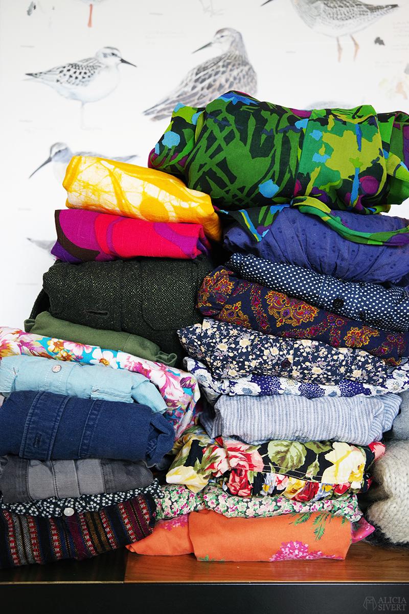 KonMari kläder: utrensat - www.aliciasivert.se // rensa ut hemma organisera laga kläder före efter inspiration marie kondo konmari-metoden metod metoden
