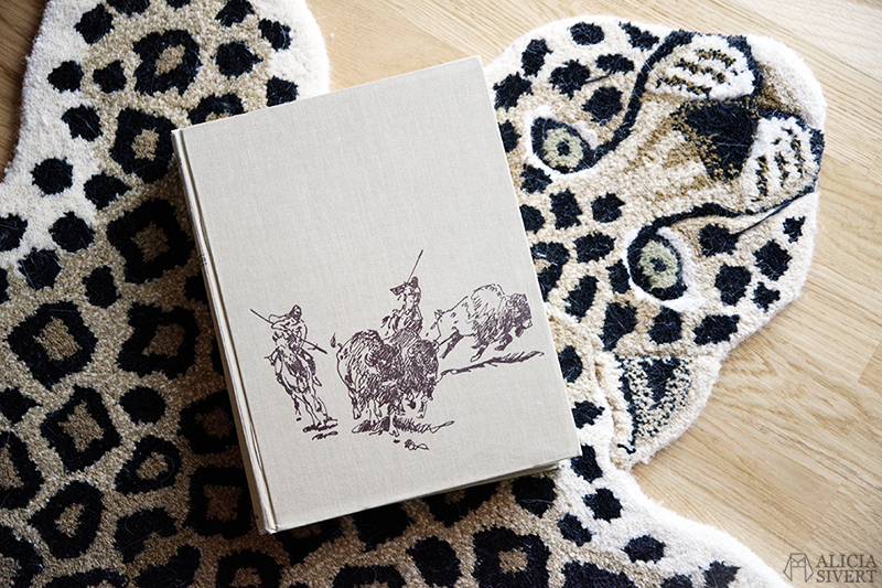 KonMari böcker - www.aliciasivert.se // The book of the American West, tokimeku Konmari-metoden rensa hemma organisera bokhylla bokhyllan