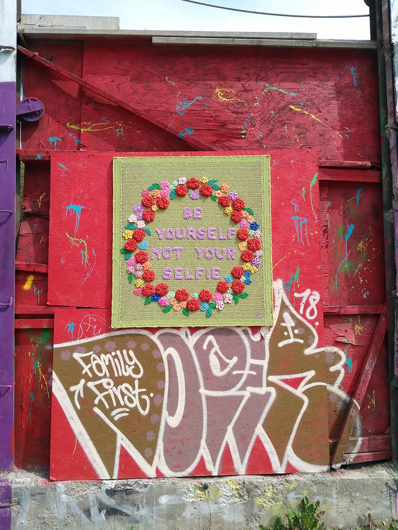 Virkgraffiti i Snösätra industriområde av Lilaclady1
