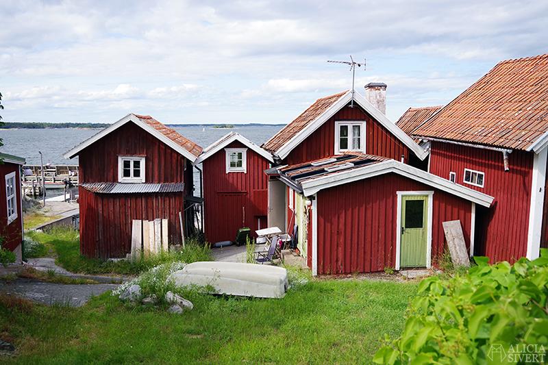Sjöviste/fiskebodar, en sommardag på Sandön - www.aliciasivert.se
