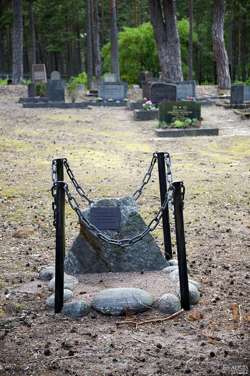 Kolerakyrkogård, en sommardag på Sandön - www.aliciasivert.se