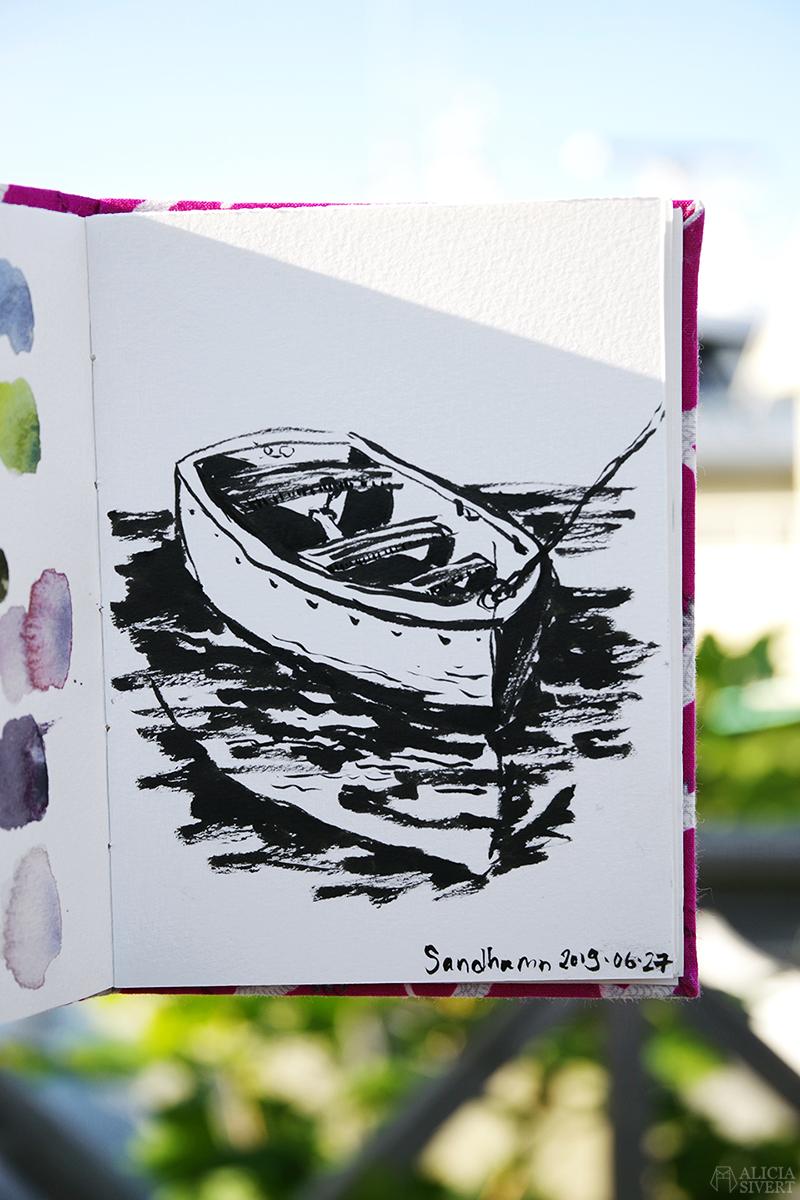 Teckning av båt, en sommardag på Sandön - www.aliciasivert.se