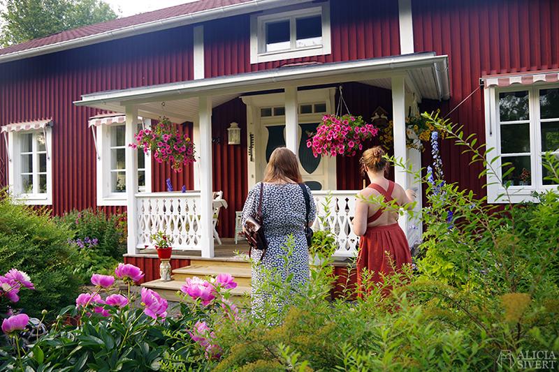Thea och Ethel hemma hos Ethel - www.aliciasivert.se