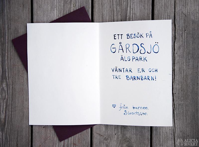 Inspiration till presentkort: ge bort en upplevelse i jul! DIY kort grattiskort presentkort present upplevelse upplevelser av Alicia Sivertsson - www.aliciasivert.se Gårdsjö älgpark