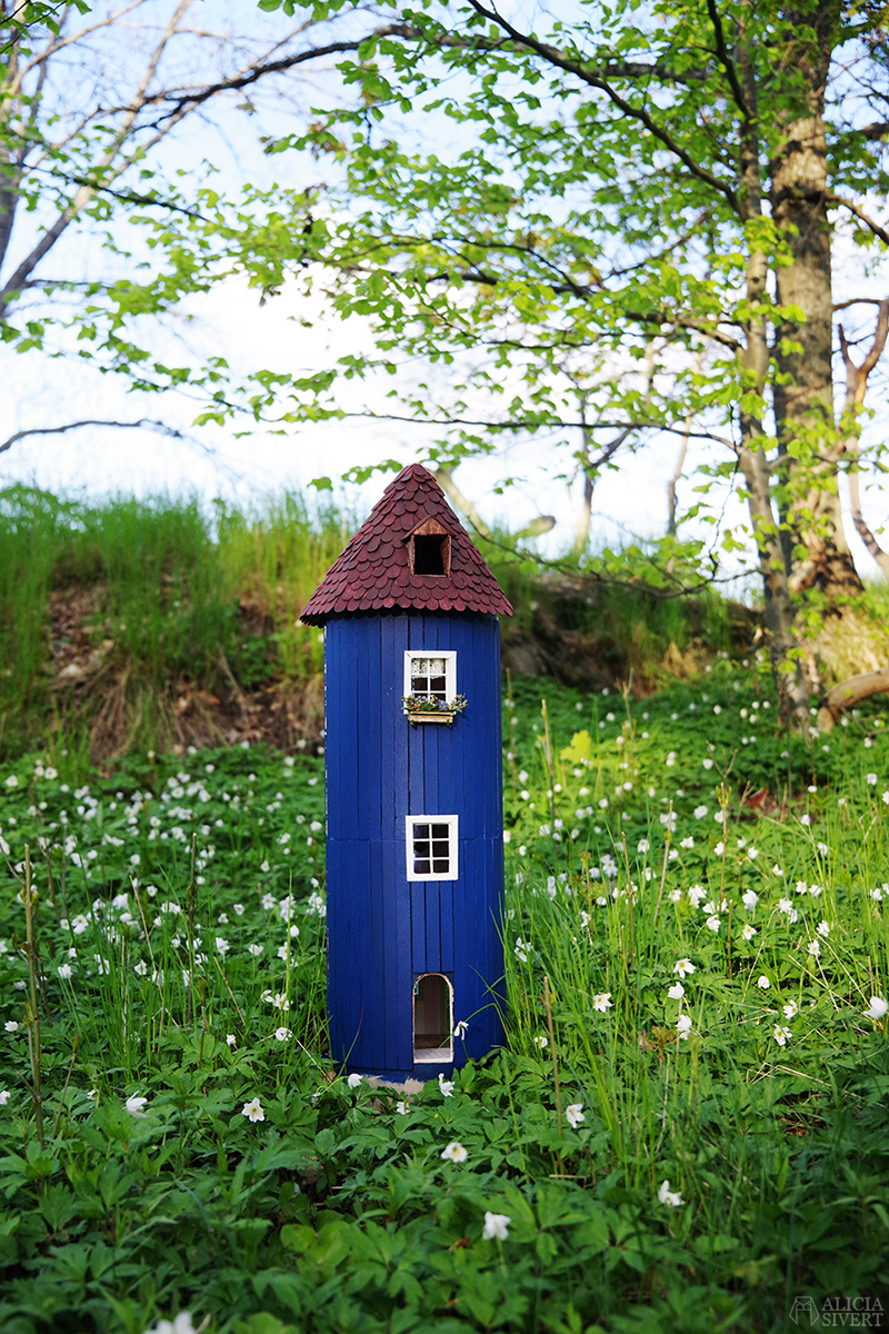 Muminhuset ett år - www.aliciasivert.se // muminhus mumin miniatyr miniatyrbygge bygga miniatyrer modell modellbygge husmodell moomin house