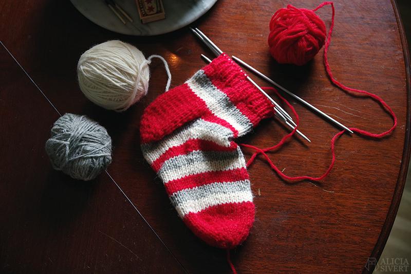 sticka sockor strumpor stickning ylle ull ullgarn yllegarn höst aliciasivert.se